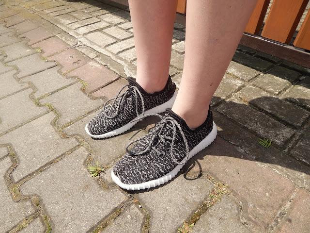 Mój codzienny look - podróbki butów adidasa z serii Yeezy