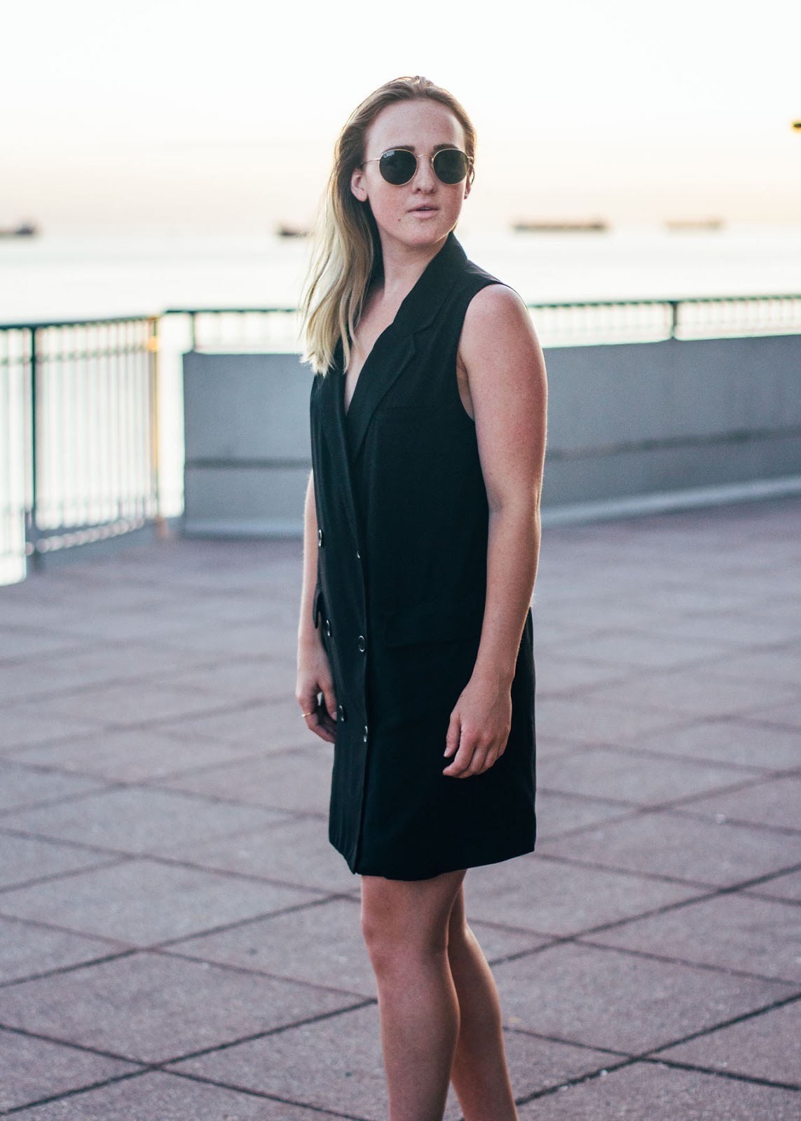 Sunset look - outfit - Vancouver Fashion / Style  Blogger - Forever 21 blazer dress