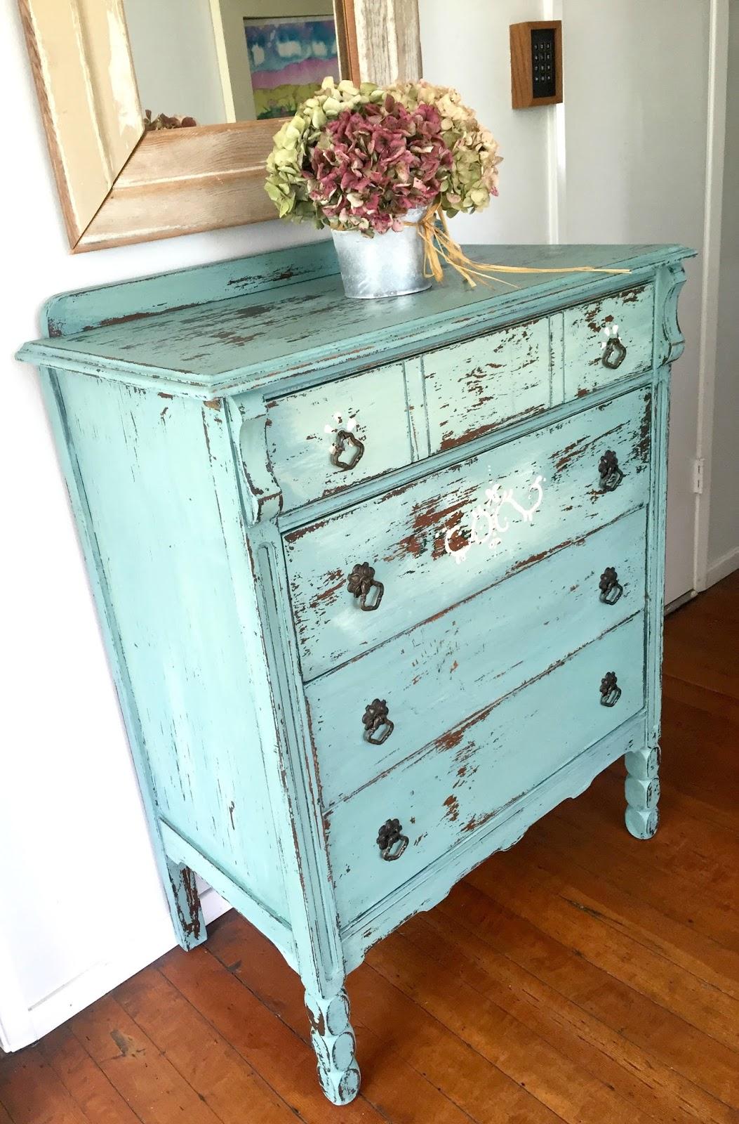 D D S Cottage And Design Chippy Milk Painted Dresser