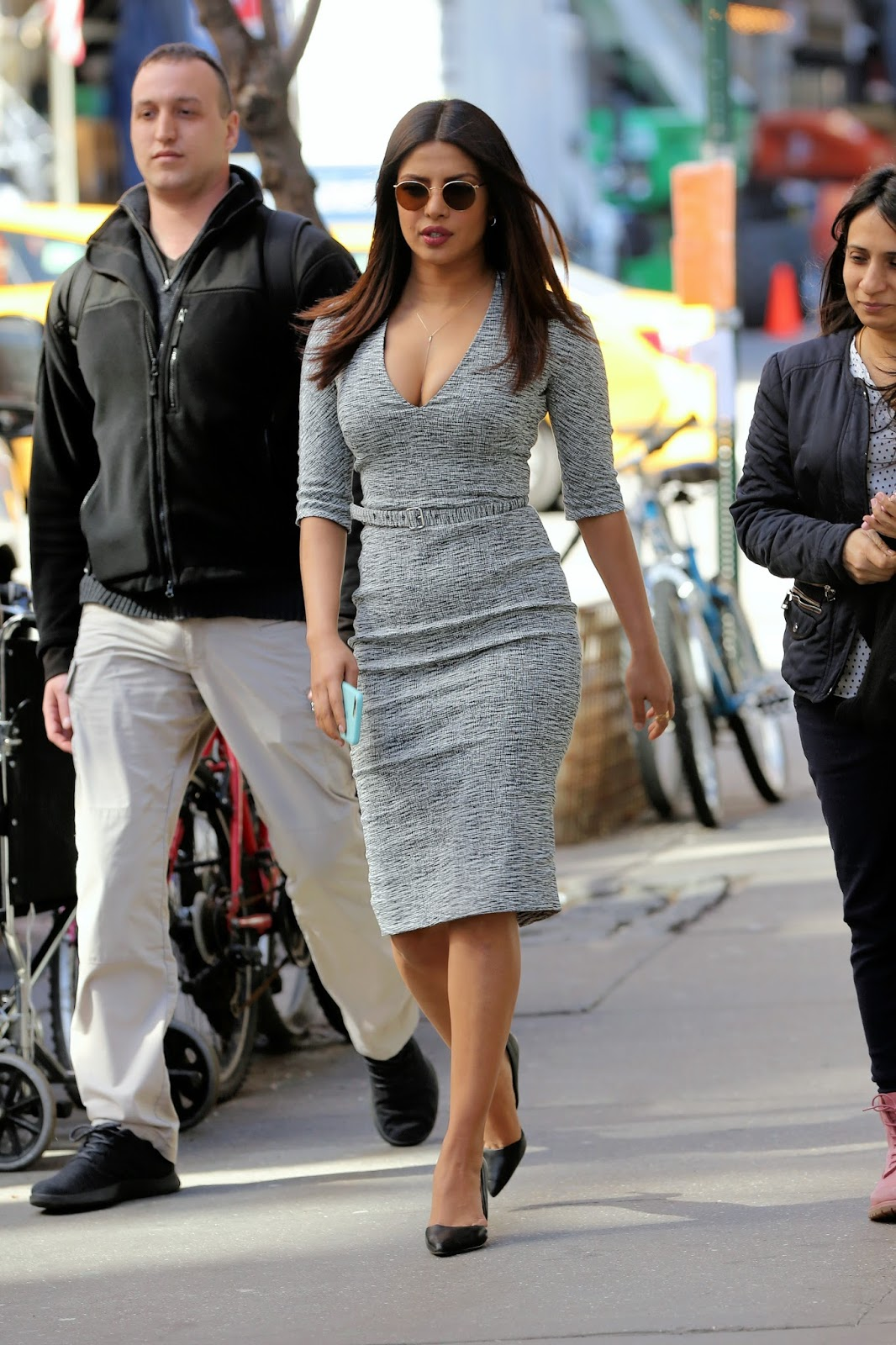 Priyanka Chopra Super Sexy Cleavage Show On The Sets Of Quantico In New York