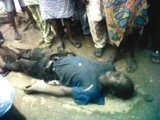 Protesters block Lagos road as policewoman kills driver