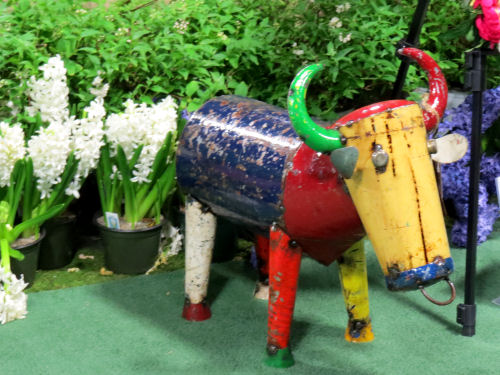 painted metal bull at the Fort Wayne Flower Show
