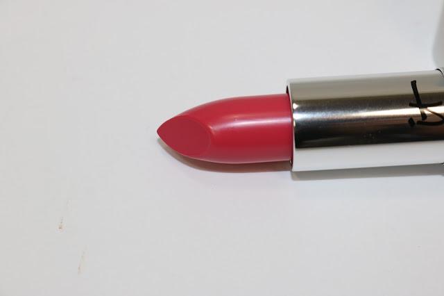 IT Cosmetics Blurred Lines Smooth-Fill Lipstick in Je Ne Sais Quoi