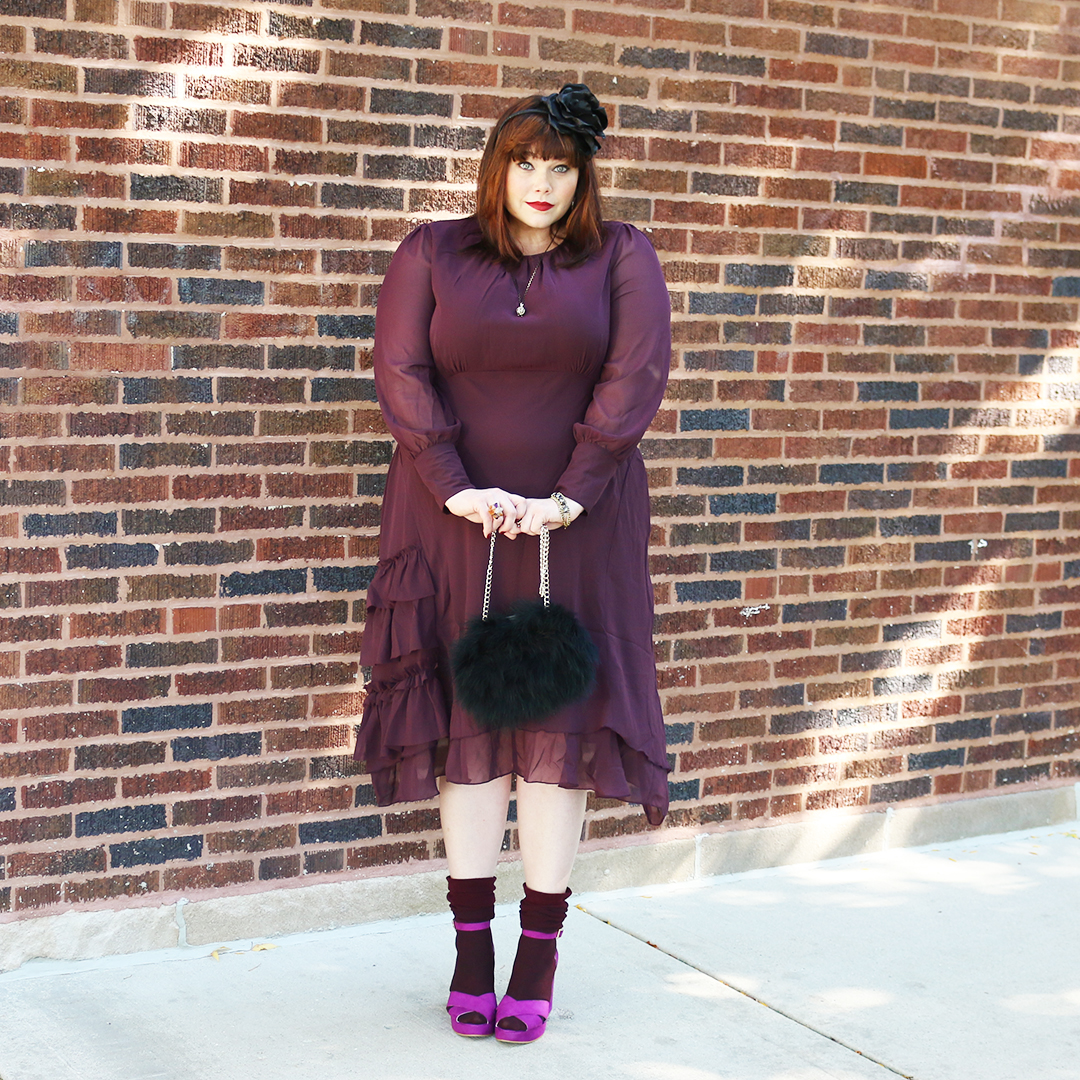 Chicago Plus Size Blogger Amber from Style Plus Curves in a Halloween Outfit from Simplybe, ruffled dress, dark cherry, feather purse