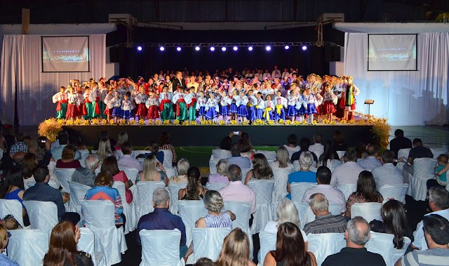 Associação Vesná apresenta show histórico em Roncador