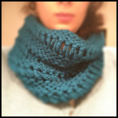 Drop Stitch Cowl de SpiderWomanKnits