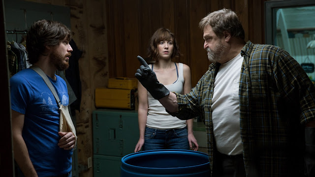 Mary Elizabeth Winstead John Goodman John Gallagher, Jr. J.J. Abrams Dan Trachtenberg | 10 Cloverfield Lane