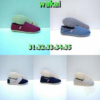Sepatu Wakai Polos Terbaru Berbagai Warna Dan Model