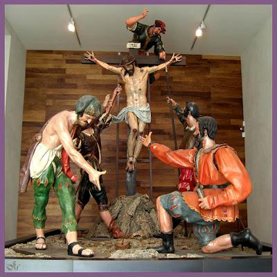 Semana santa en nava del rey a caras va el que tira for Fuera de juego del valladolid