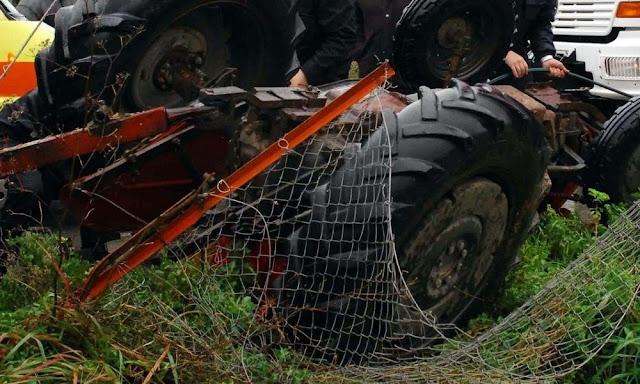 Αποτέλεσμα εικόνας για γεωργικός ελκυστήρας (τρακτέρ) που οδηγούσε 64χρονος ημεδαπός εξετράπη της πορείας του και ανετράπη