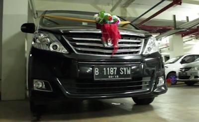 Sewa Mobil Pengantin Alphard Jakarta Selatan