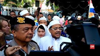 Indonesia Police Watch Sarankan Polisi Minta Maaf ke Habib Rizieq, Kasusnya Super Aneh dan Sarat Kriminalisasi