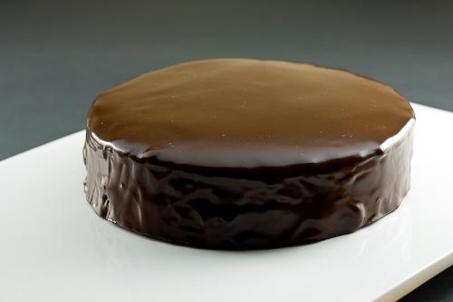 Cake Recipes With Glaze Icing: Chocolate Cake Glaze Recipe