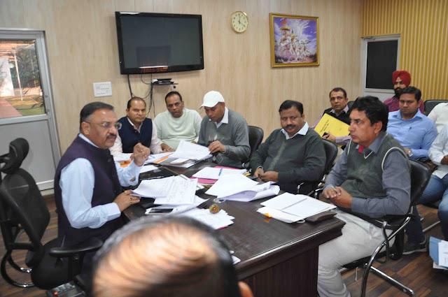 MCF-Commissioner-Sameer-pal-Saro-meeting-faridabad