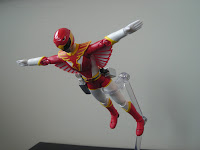 SH Figuarts Red Hawk 08