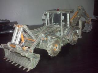 kerajinan tangan dari koran bekas, Traktor