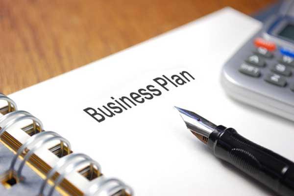 Cómo describir la empresa al presentar un plan de negocios