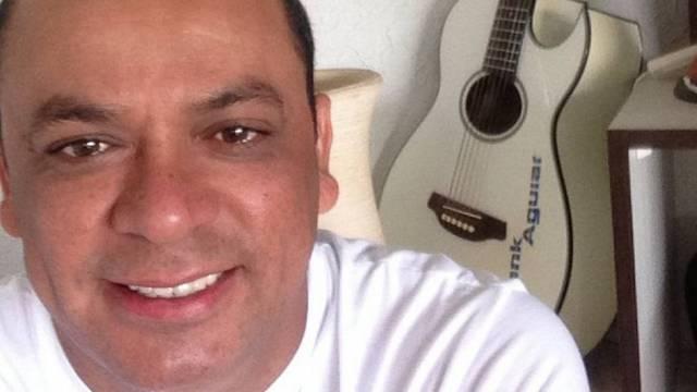 Frank Aguiar tranquiliza os fãs após suposta emboscada