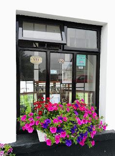 Regan's bar and grocer, Moycullen