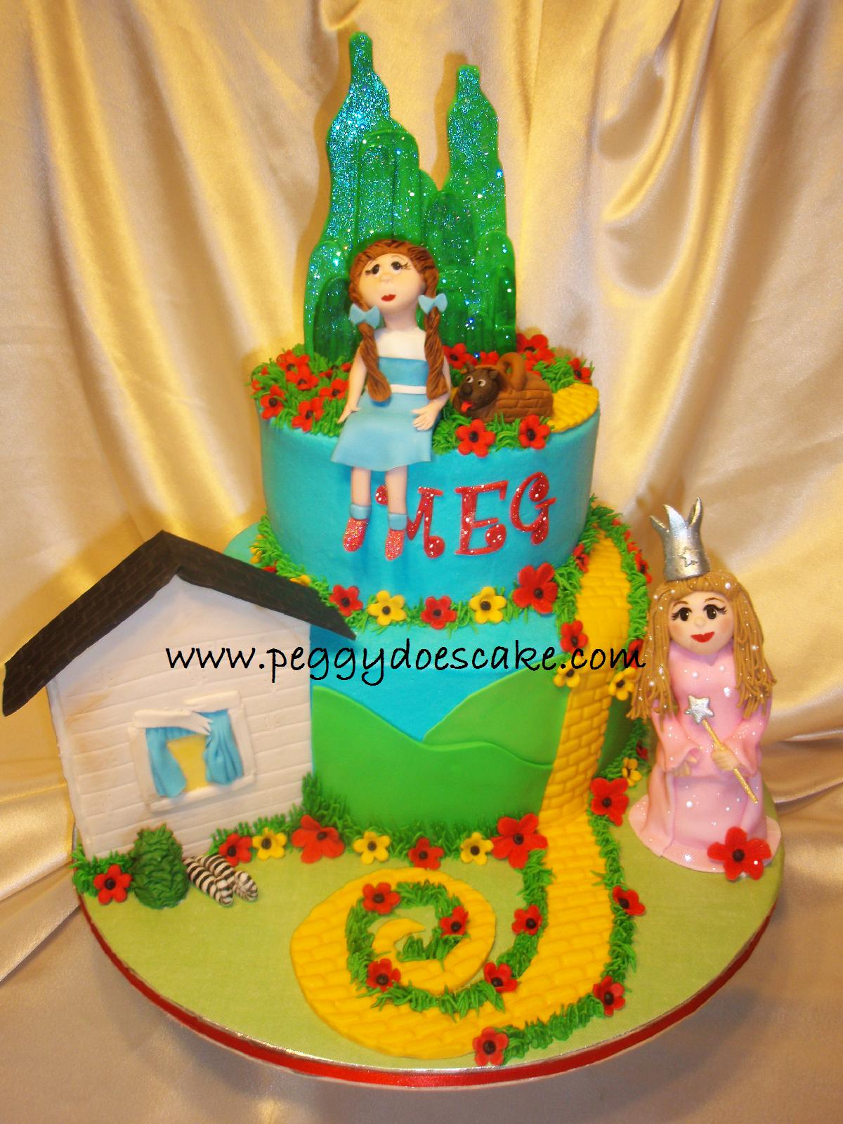 Peggy Does Cake Meg S Wizard Of Oz Cake