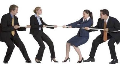 Konflik di pejabat