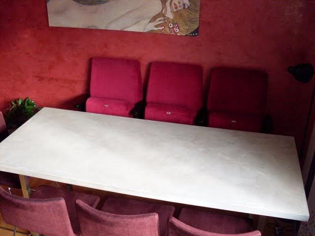 blickfang objektgestaltung sichtbetonkosmetik beton tisch. Black Bedroom Furniture Sets. Home Design Ideas
