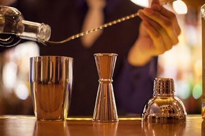 pha chế cocktail khá đơn giản