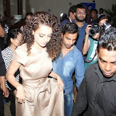 Kangana Ranaut Meets and Greets Ask Me Bazaar Winners