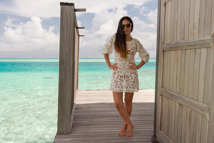 Blogger instagramer influencer de moda de vacaciones en Maldivas