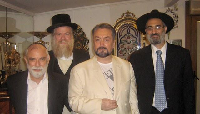 Sisi Kejanggalan Adnan Oktar Harun Yahya Dari Mengklaim Al Mahdi Anggota Freemasonry Hingga Yahudi Portal Islam