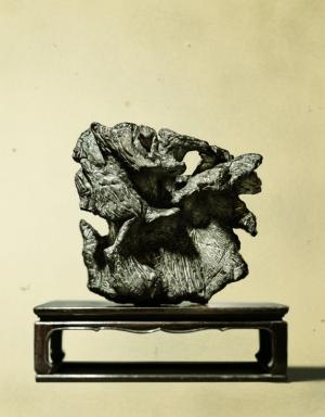 戲石游藝: 舞臺上的石頭