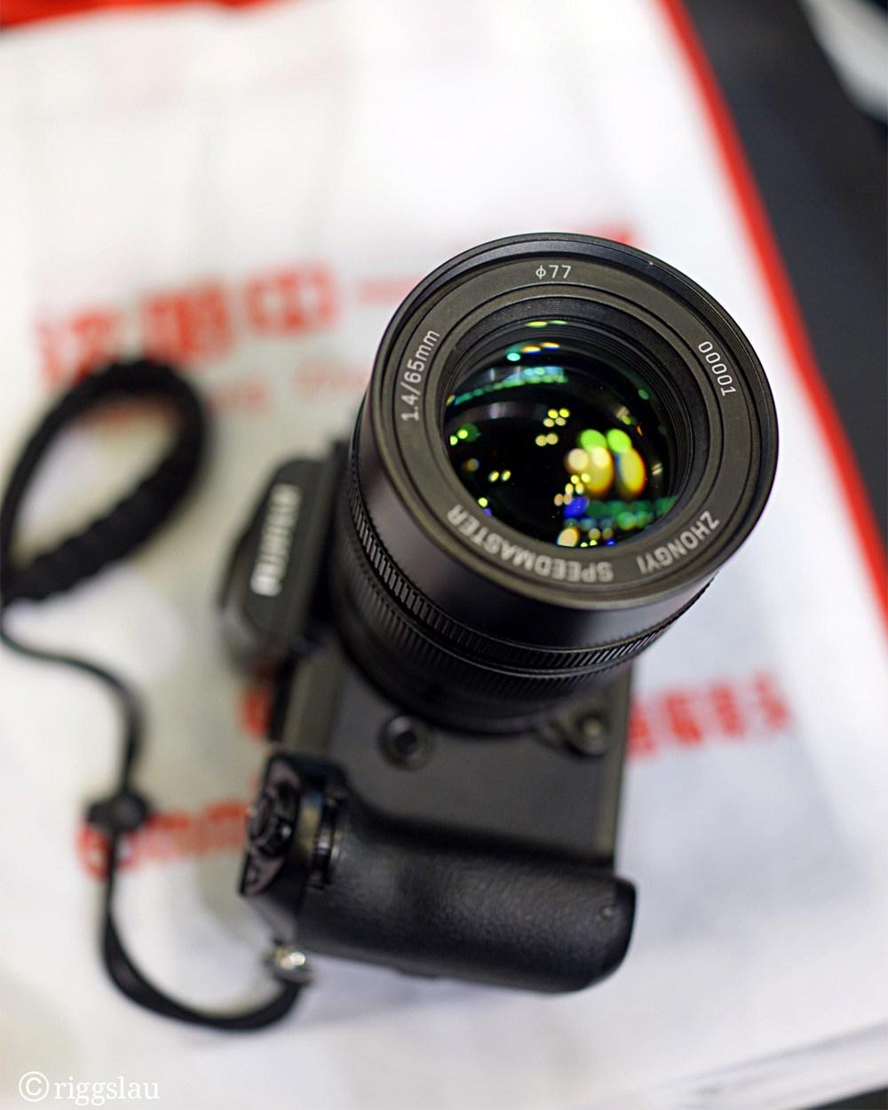 Speedmaster 65mm f/1.4 с камерой Fujifilm GFX 50s