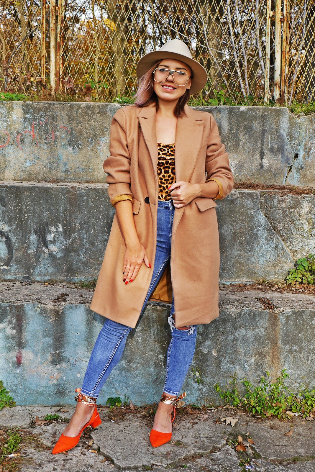 6_beige_coat_denim_pants_leo_print_body_shein_karyn_blog_modowy_021118