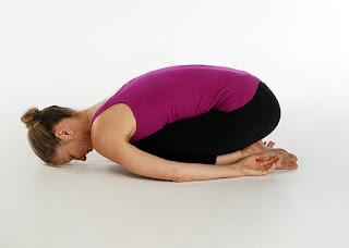 Gerakan yoga untuk bronkitis.