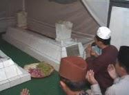Makam Syekh Rahmatillah Bupati Pertama Kabupaten Batang