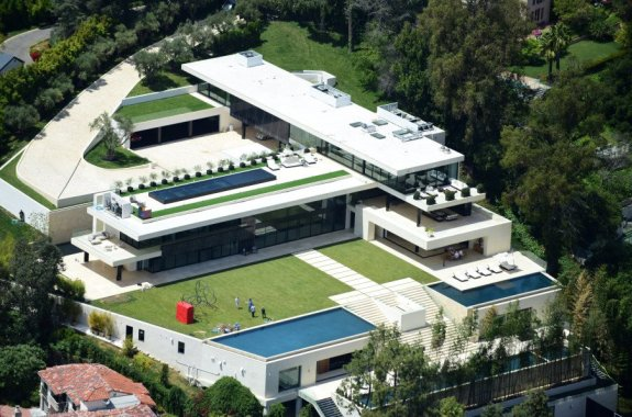 Jay Z and Beyonce reportedly buying a $120million mansion in Beverly Hills