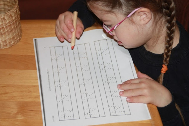 Jolina lernt Buchstaben nach der PEp Methode