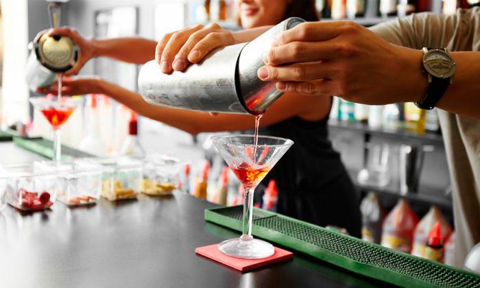 funciones de un barman