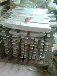 Zinc anode for shipping or structure