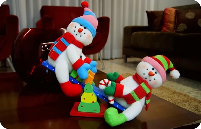 Decoração Natalina Enfeites de Natal Bonecos de Neve Brincando