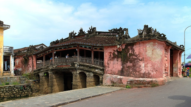 Cycling tour around Hoi An old town 1
