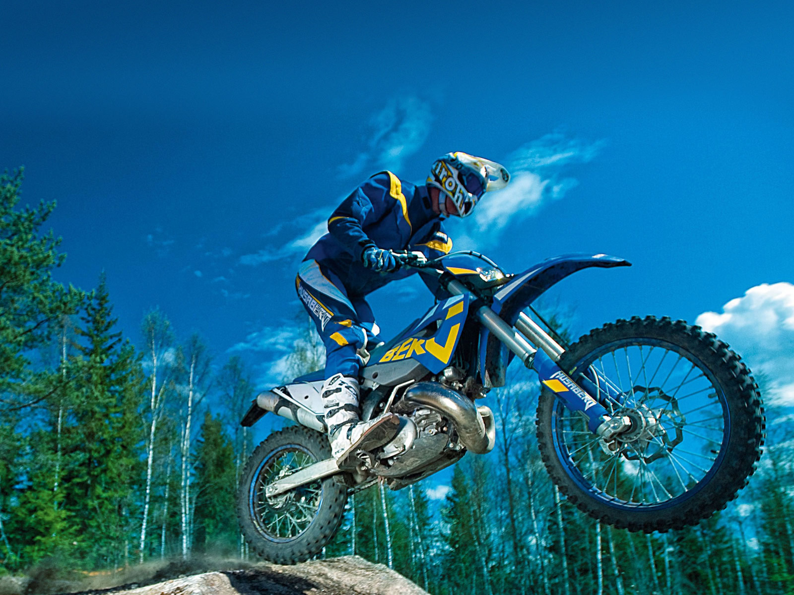 Gambar Motor  2011 Husaberg TE250 Specifications  pictures