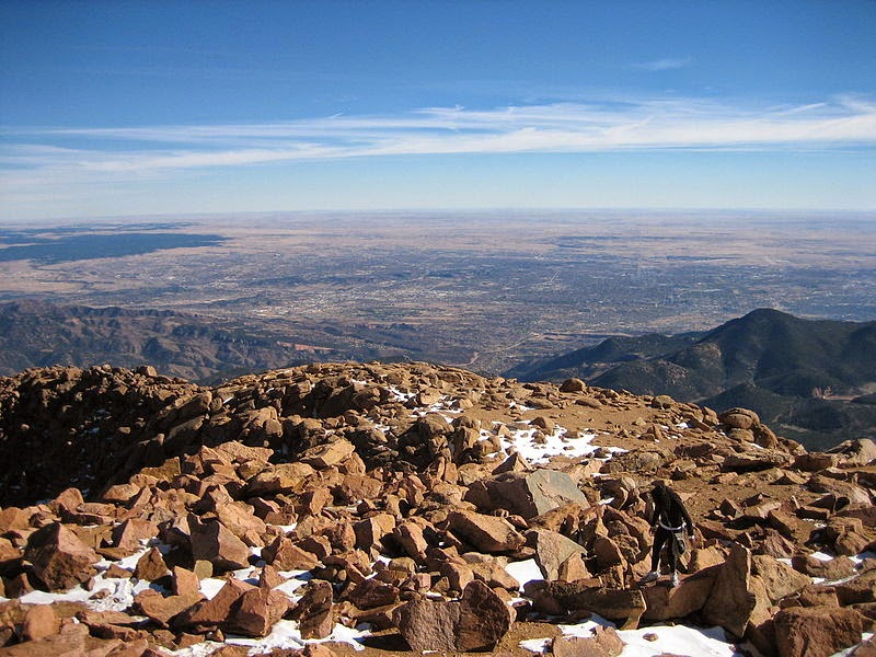 Located At The Foot Of Pike S Peak In Central Colorado About 70 Miles South Denver City Springs Has A Much Milder Climate Than