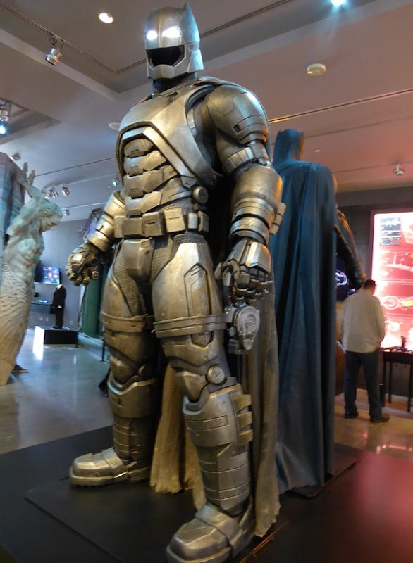 Mech Batsuit costume Batman v Superman