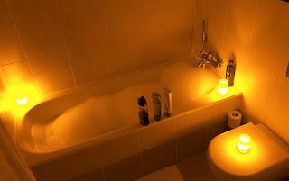 Despojos de Baño: Baño de Descarga Abre Caminos