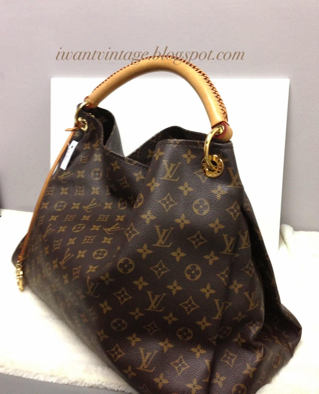 24c572761d Images Louis Vuitton Artsy Gm