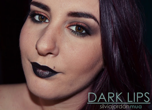 Look: Dark Lips.