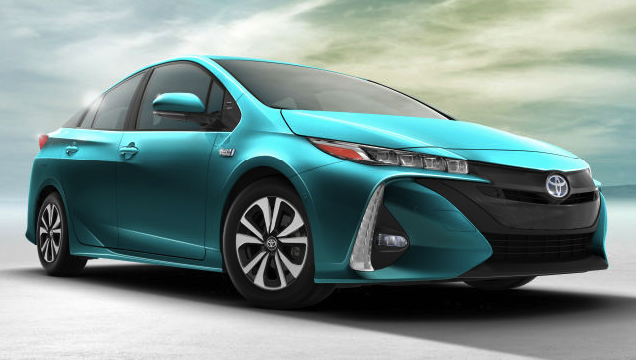 2017 Toyota Prius Three Touring Review