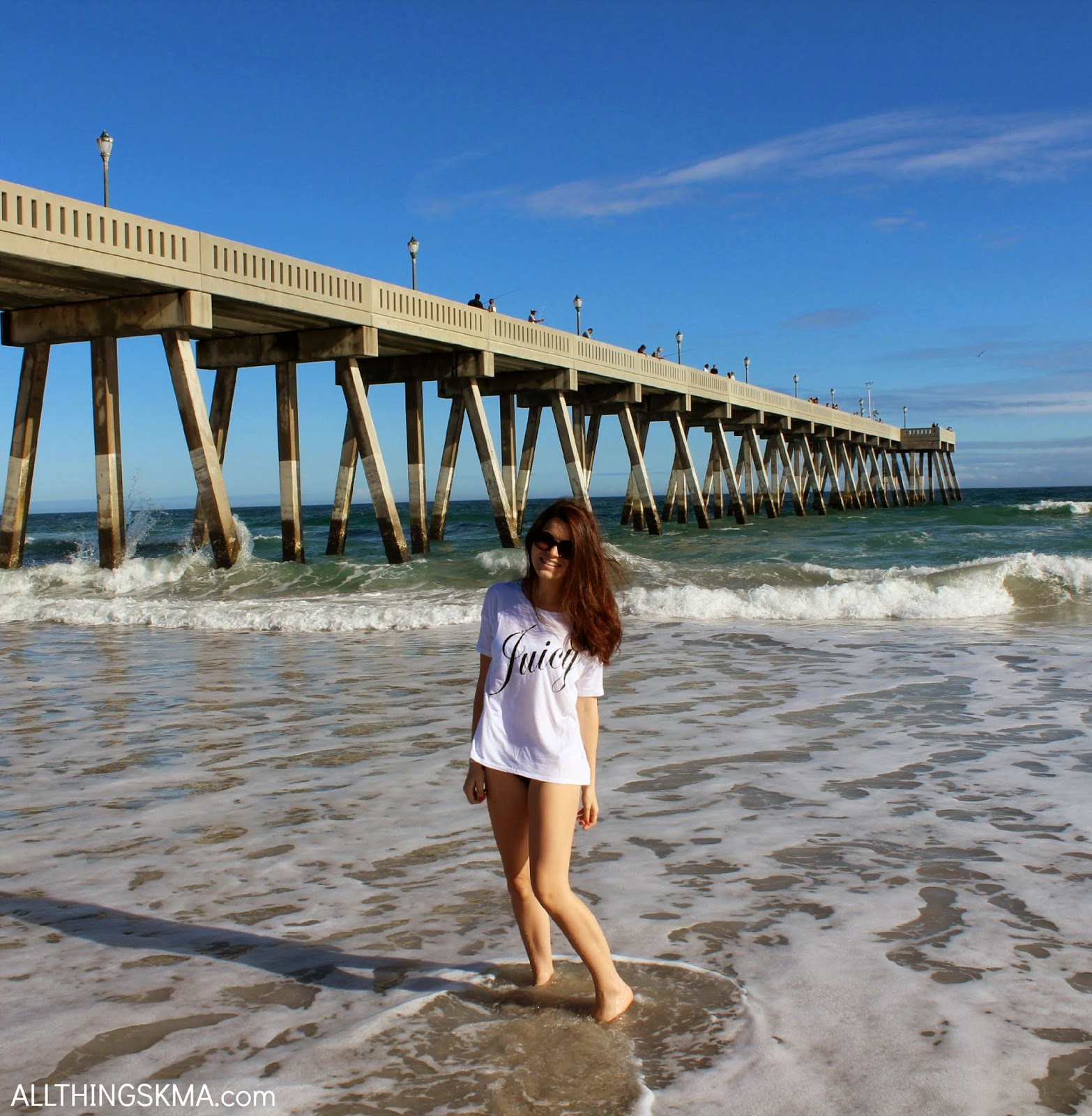 These Photos Were Taken In Wilmington North Carolina At Wrightsville Beach There Weren T Too Many People On The Because Let S Face It