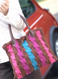 http://gosyo.co.jp/english/pattern/eHTML/ePDF/1011/2w/2728-OMO49_Dot_Wool_Bag.pdf